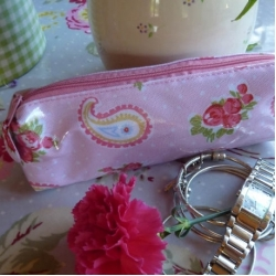 Vintage rose paisley cosmetic case